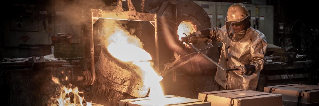 Metallurgy pouring